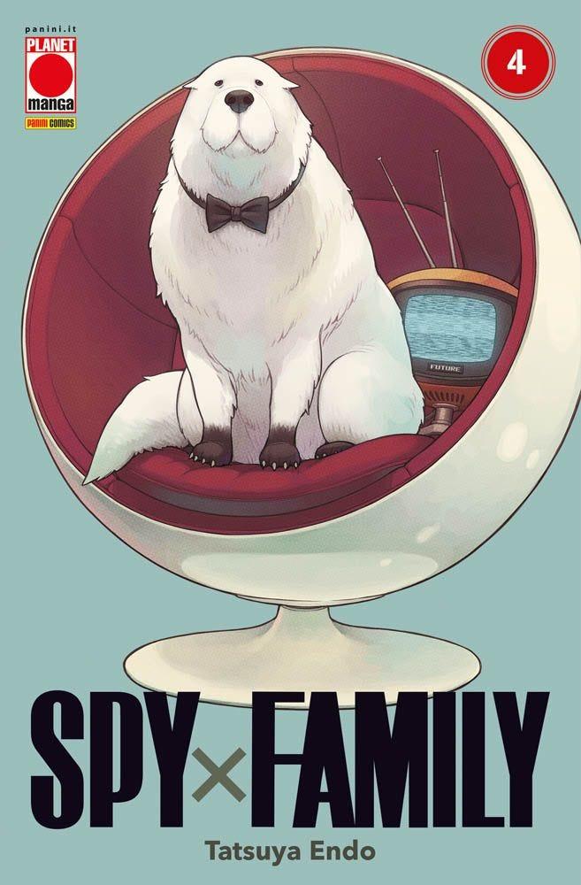 Spy x Family 4 Azione books